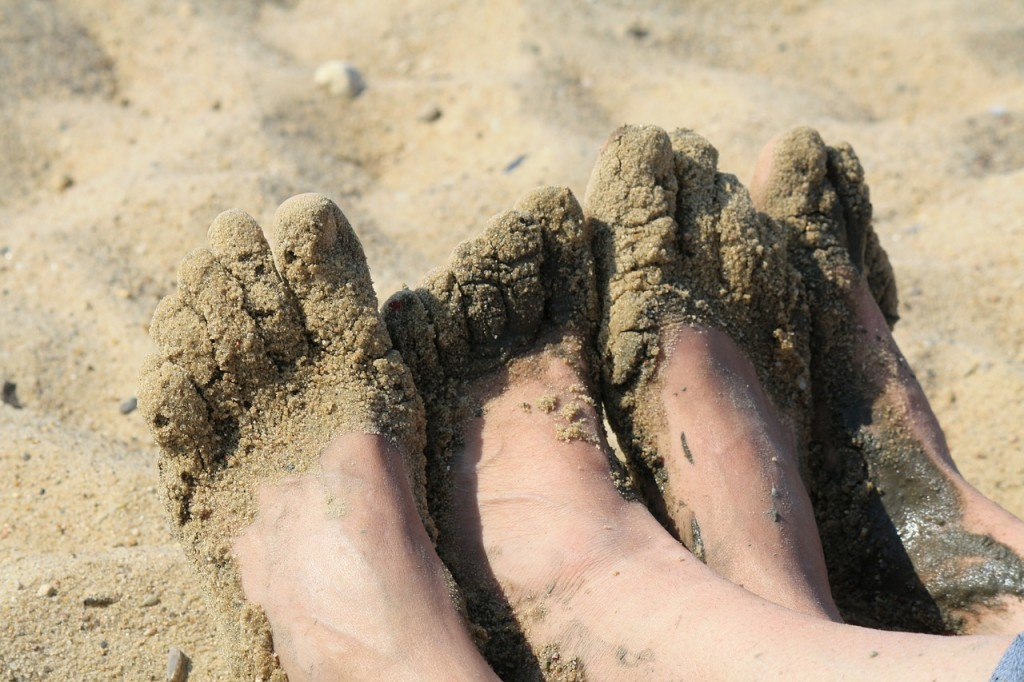 feet-480685_1280